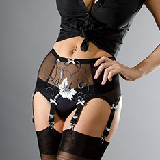 black/grey/white floral powermesh 6-strap suspender belt